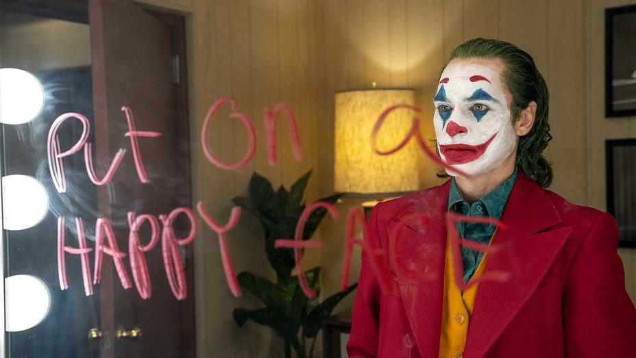 Joker Still 5 - Warner Bros. Entertainment Publicity-H 2019