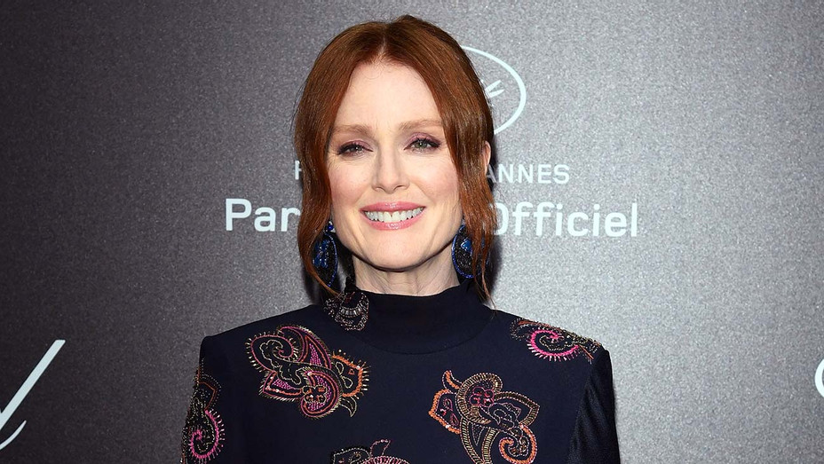 Julianne Moore - Getty - H 2020