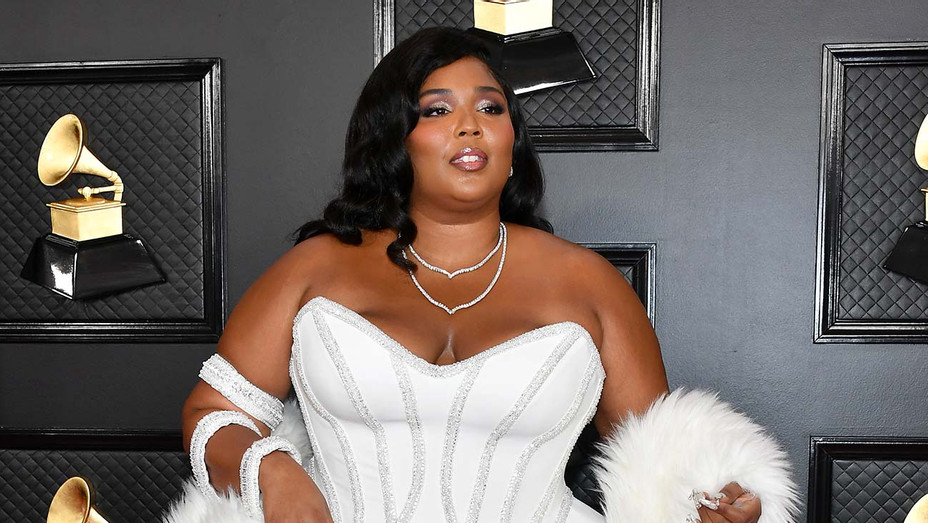 Lizzo_Grammys - Getty - H 2020