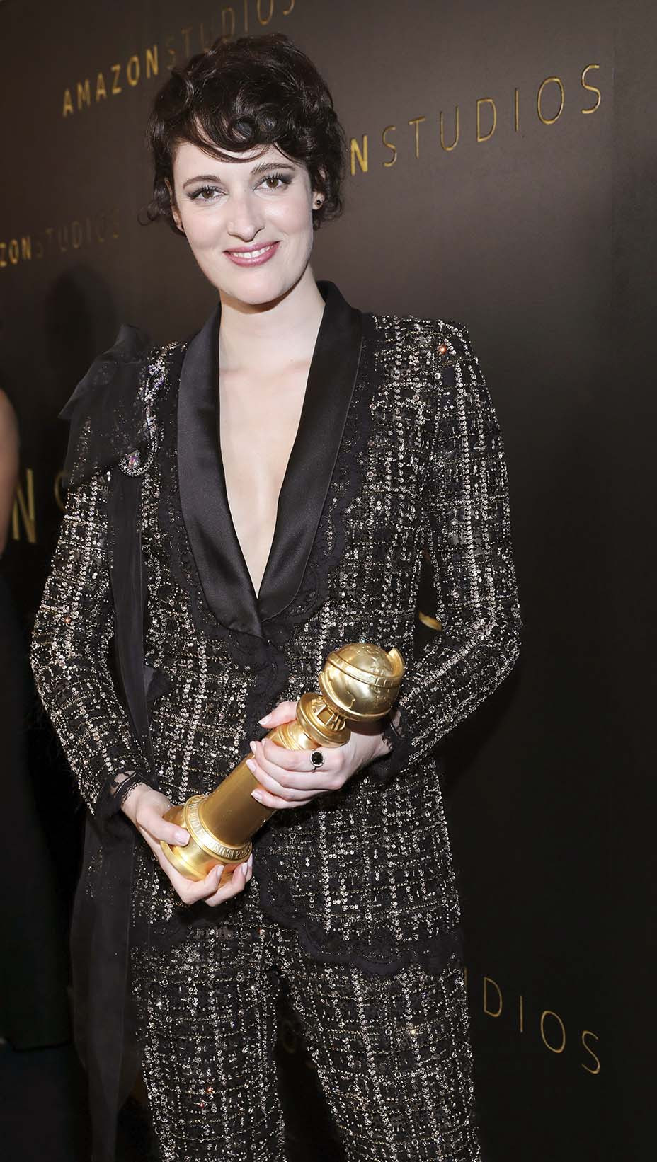 Phoebe Waller Bridge Auctions Golden Globes Tuxedo On Ebay To Aid Australia Fires Hollywood Reporter