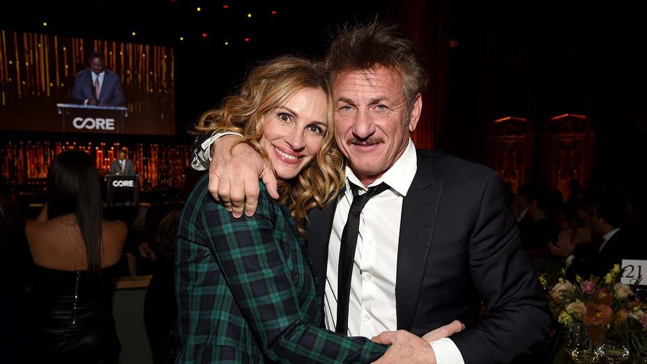 Sean Penn and Julia Roberts - Getty - H 2020
