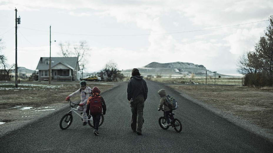 the Killing of Two Lovers - Sundance - NEXT - Publicity - H 2020