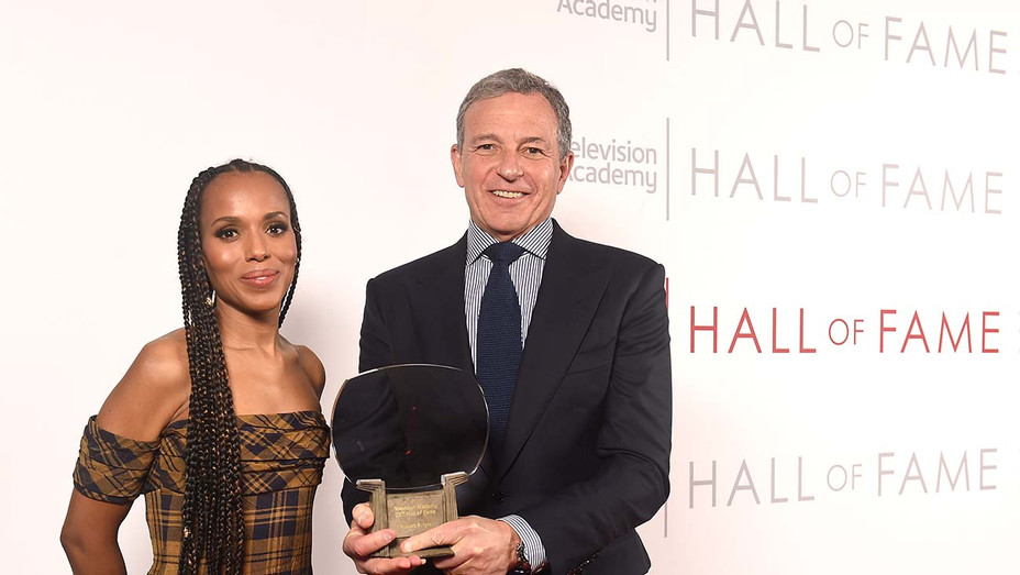 TV academy hall of fame - KERRY WASHINGTON AND BOB IGER - Publicity - H 2020