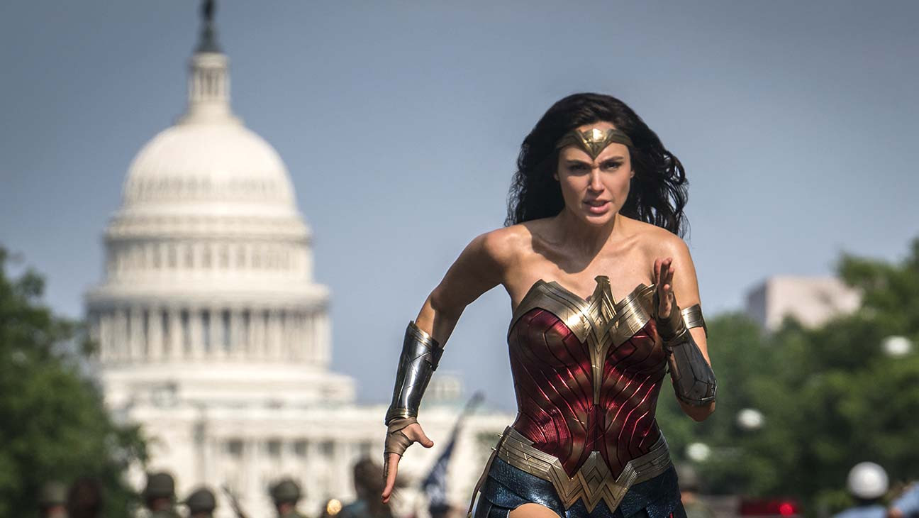 'Wonder Woman 1984' Delays Release to Christmas