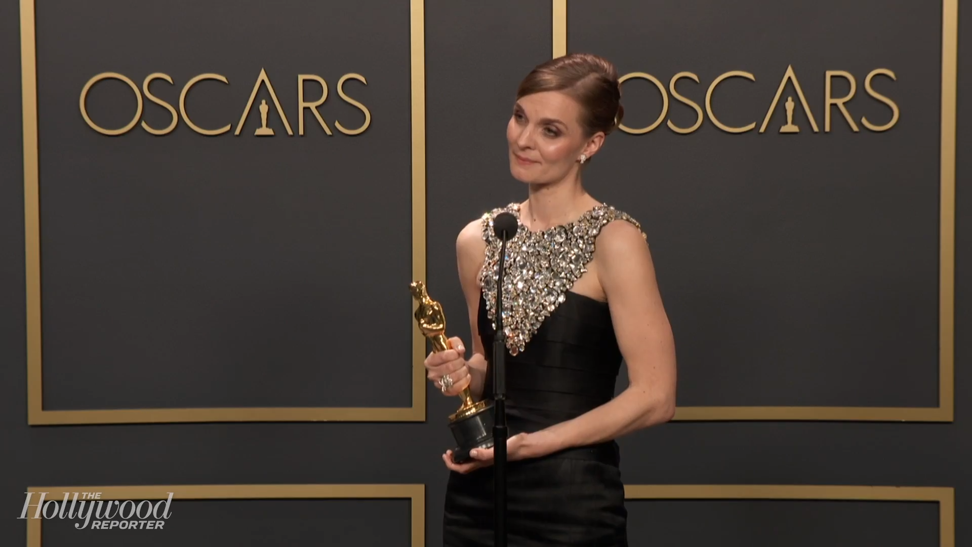 Hildur Gudnadóttir Discusses Best Original Score Win for 'Joker' Backstage at Oscars 2020