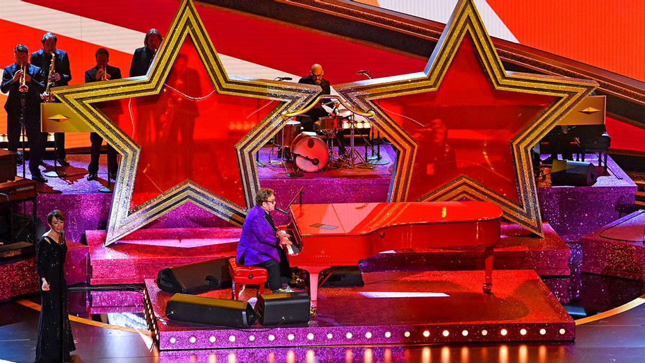 Elton John performs onstage during the 92nd Annual Academy Awards - Getty - H 2020