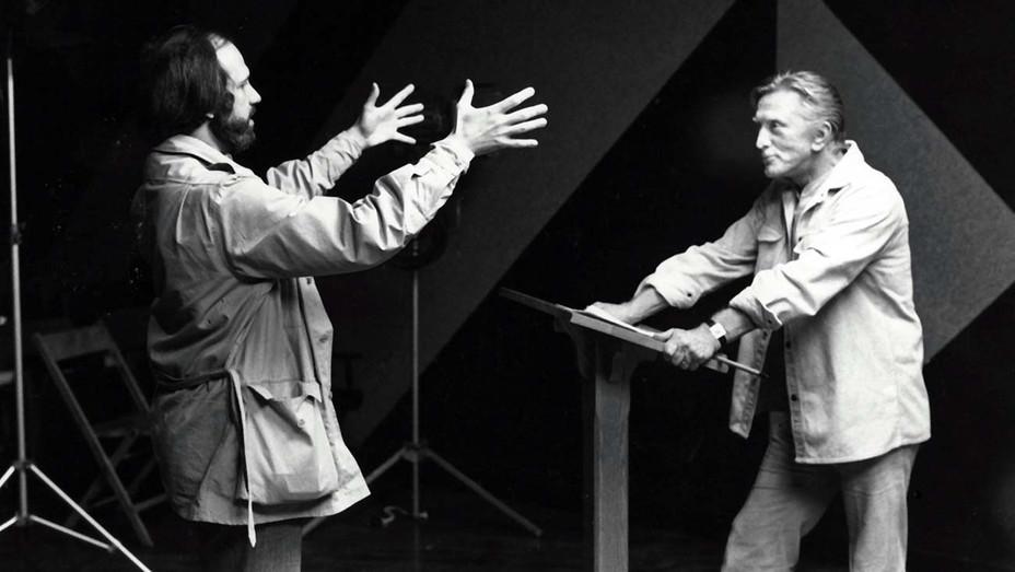 The Fury (1978) - Shown on-the-set - Director Brian De Palma, Kirk Douglas- Photofest-H 2020