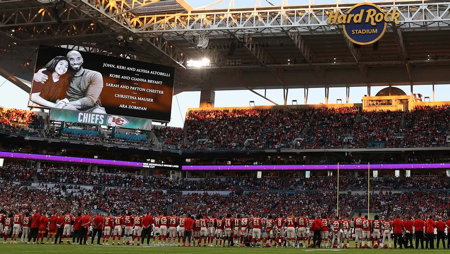 49ers Chiefs Moment of Silence Kobe Bryant - Getty - H 2020