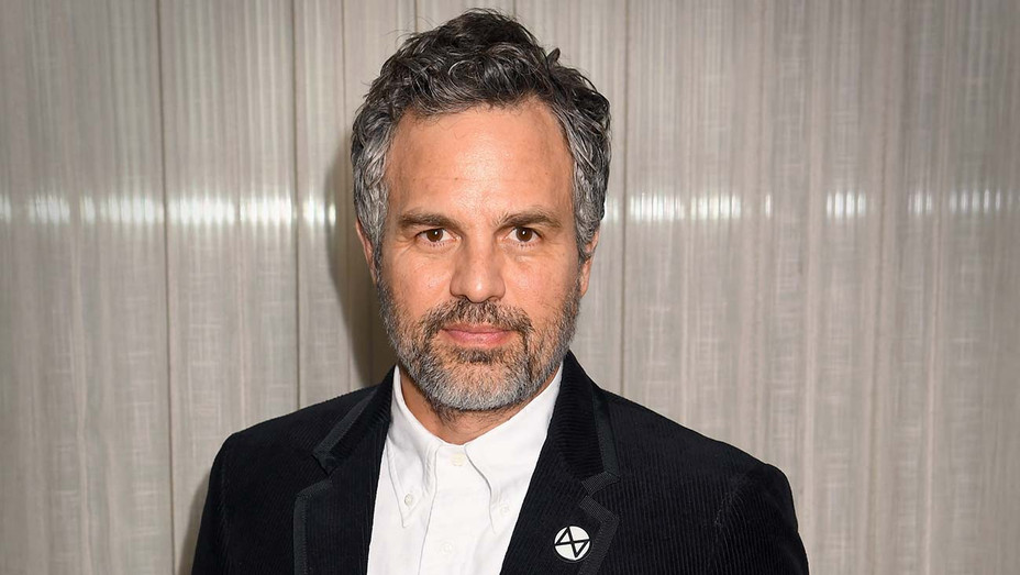 "Mark Ruffalo attends the ""Dark Waters"" Photocall - Getty -H 2020"