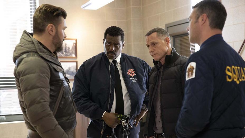 "CHICAGO FIRE -- ""Off The Grid"" Episode 815 - Patrick John Flueger - Eamonn Walker -Jason Beghe-Taylor Kinney -H 2020"