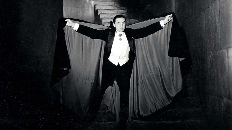 ONE TIME USE ONLY - Dracula's cape - Publicity - H 2020