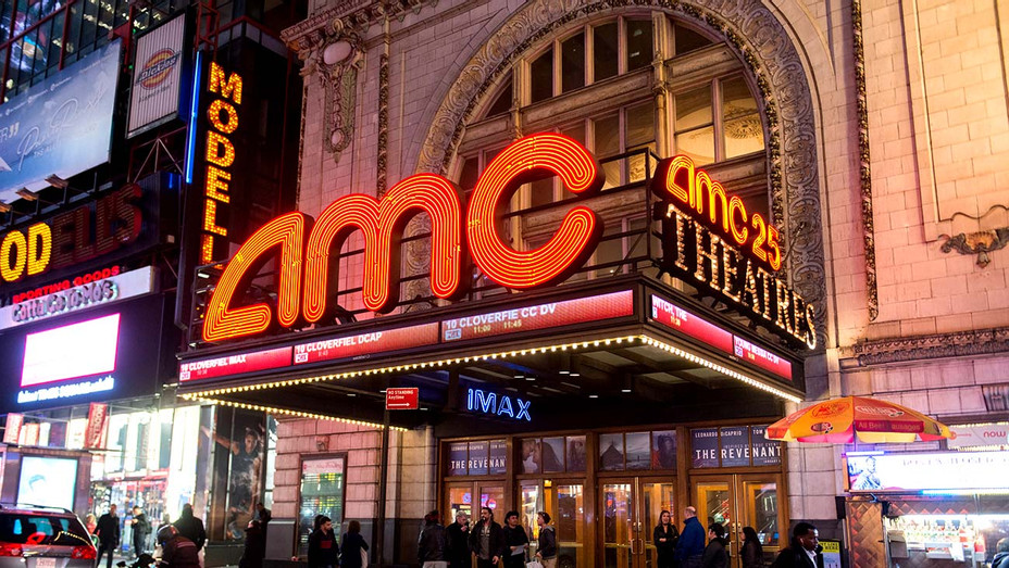 General view of atmosphere outside the AMC Empire 25 theater - Getty - H 2020
