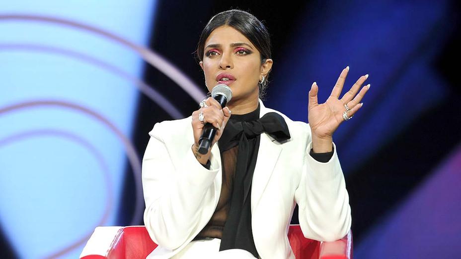 Priyanka Chopra attends Beautycon Festival Los Angeles 2019 - Getty -H 2020