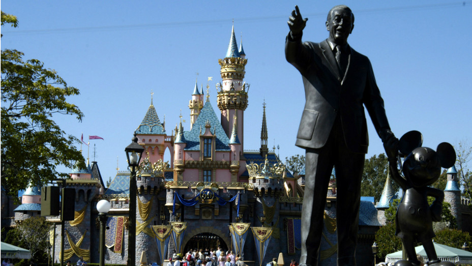 Disneyland California - Getty - H 2020