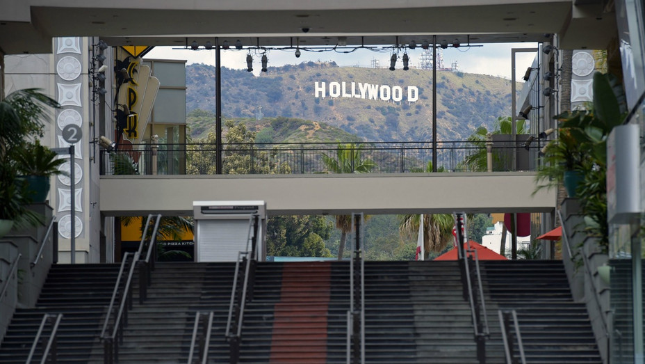 Hollywood and Highland March 20 2020