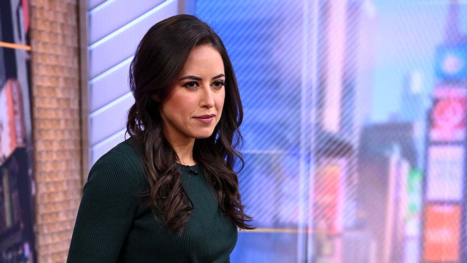 Kaylee Hartung - Publicity - H 2020Kaylee Hartung - Publicity - H 2020