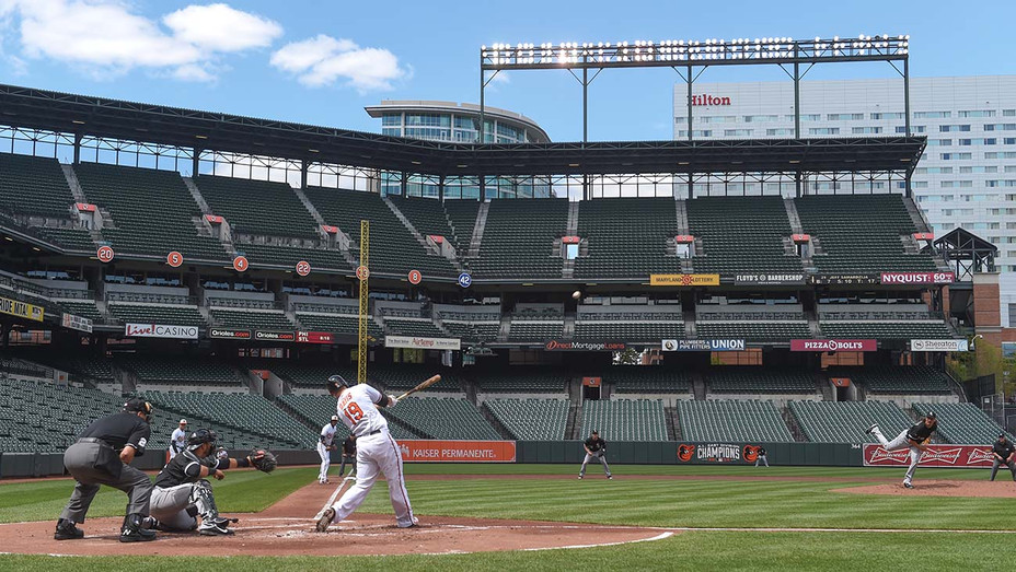 ONE TIME USE ONLY - Baltimore Orioles first baseman Chris Davis (19) crushes a three run homer off -Getty - H 2020