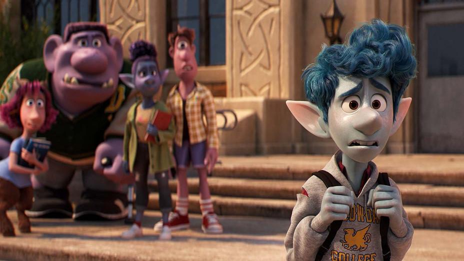 ONWARD - Still 2 - Disney Pixar-  H 2020