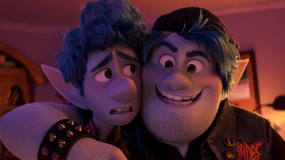 ONWARD - Still 5 - Disney Pixar-  H 2020