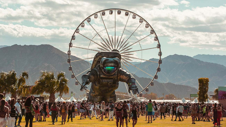 Poetic Kinetics, Overview Effect_Coachella - Getty - H 2020