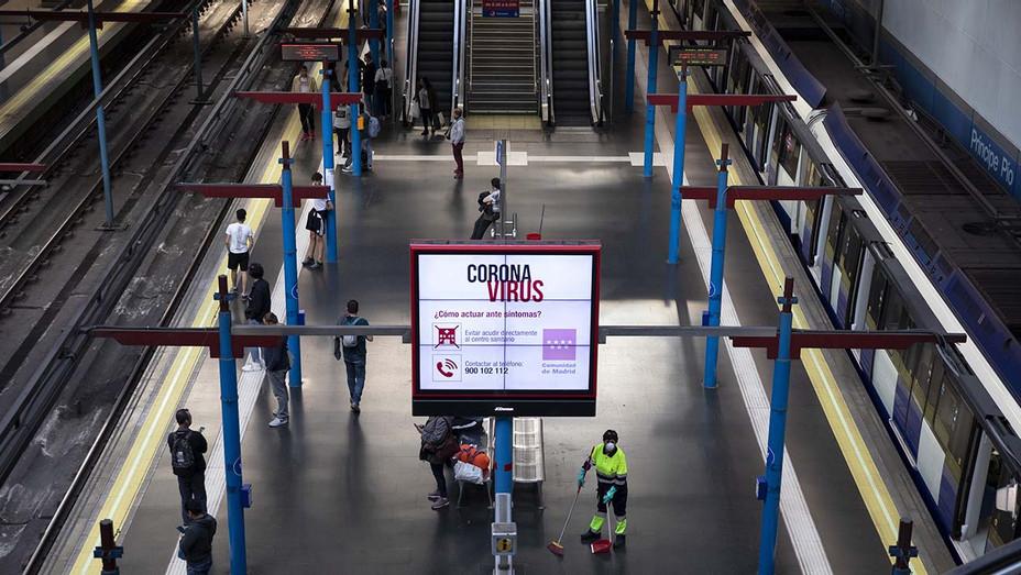 Spain Subway Coronavirus - H - 2020