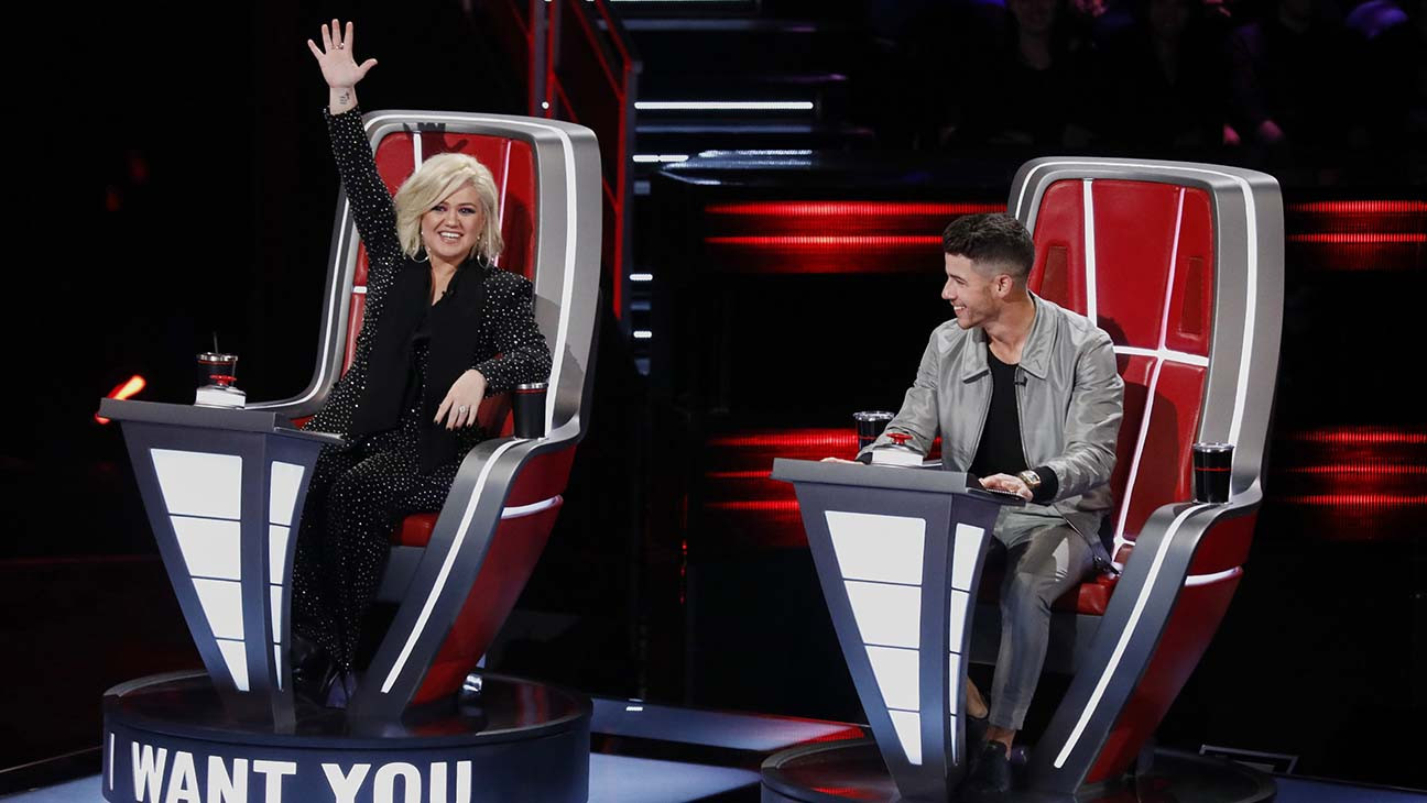 The Voice The Top Performances Of Blind Auditions Night Four Hollywood Reporter