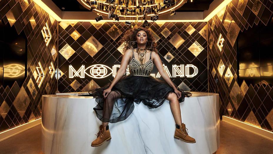 Tyra Banks - ModelLand Publicity-h 2020
