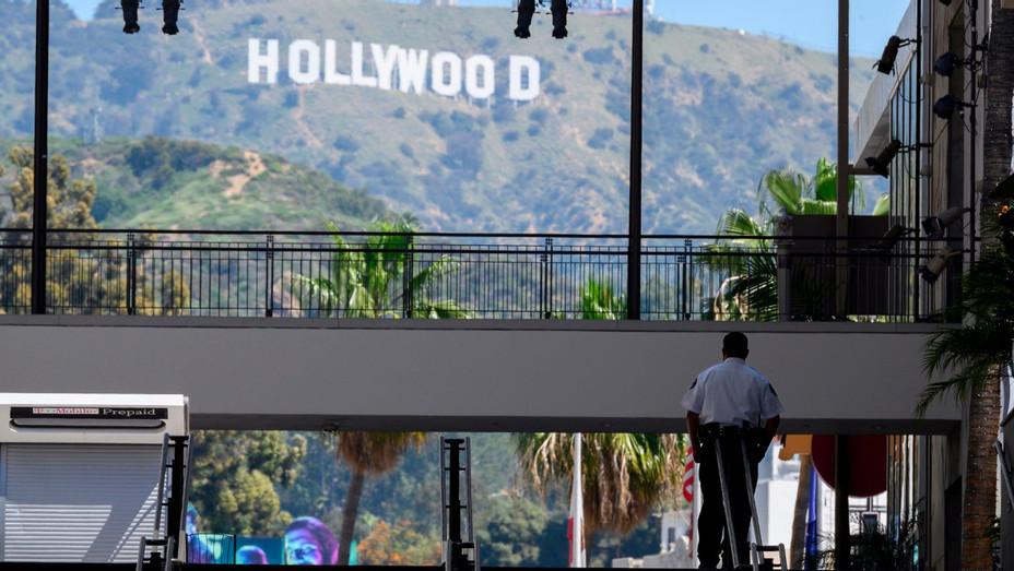 Hollywood & Highland April 23 2020