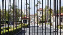 Suspect at Paramount's Hollywood Lot Taken Into Custody