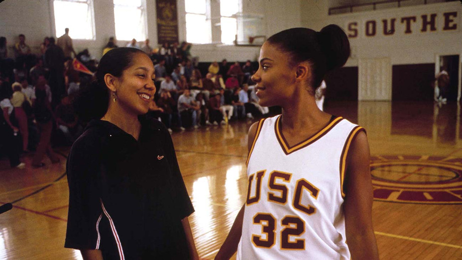 Love and Basketball - Publicity Still 1 - H 2020