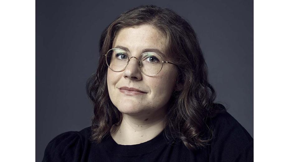 Alena Smith - APPLE Publicity -H 2020