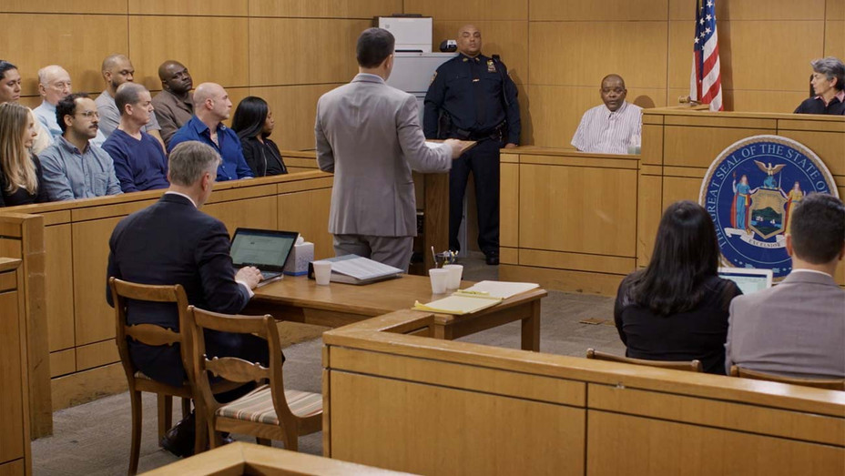 James Knight - AMERICAN TRIAL: The Eric Garner Story - Passion River Films - Aharon Rothschild - H 2020