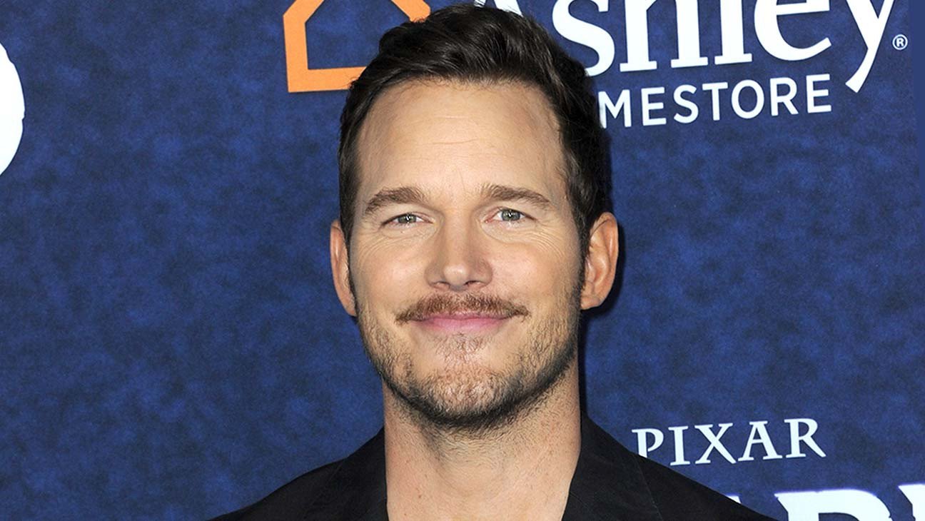 "Avengers Assemble to Defend Chris Pratt After He Was Voted Hollywood's ""Worst Chris"""