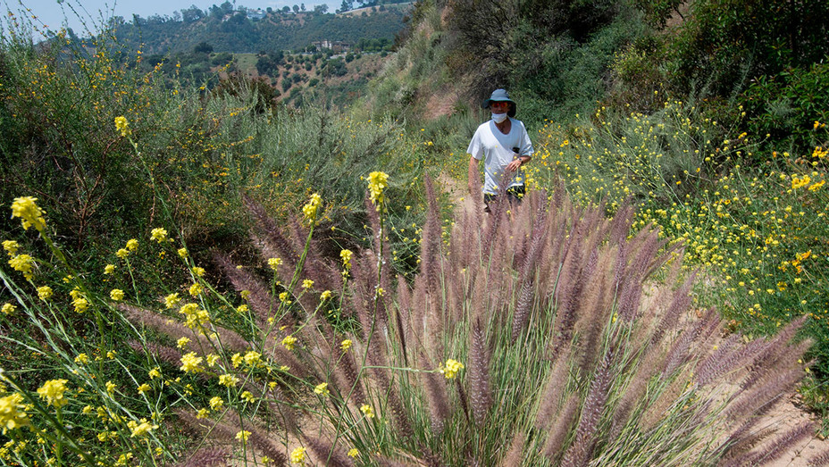 Hikers return to the Franklin Canyon park - May 9, 2020 - Getty - H 2020
