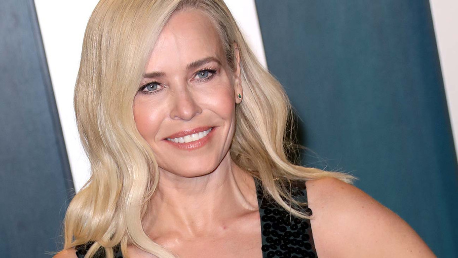 Chelsea Handler attends the 2020 Vanity Fair Oscar Party  - Getty-H 2020