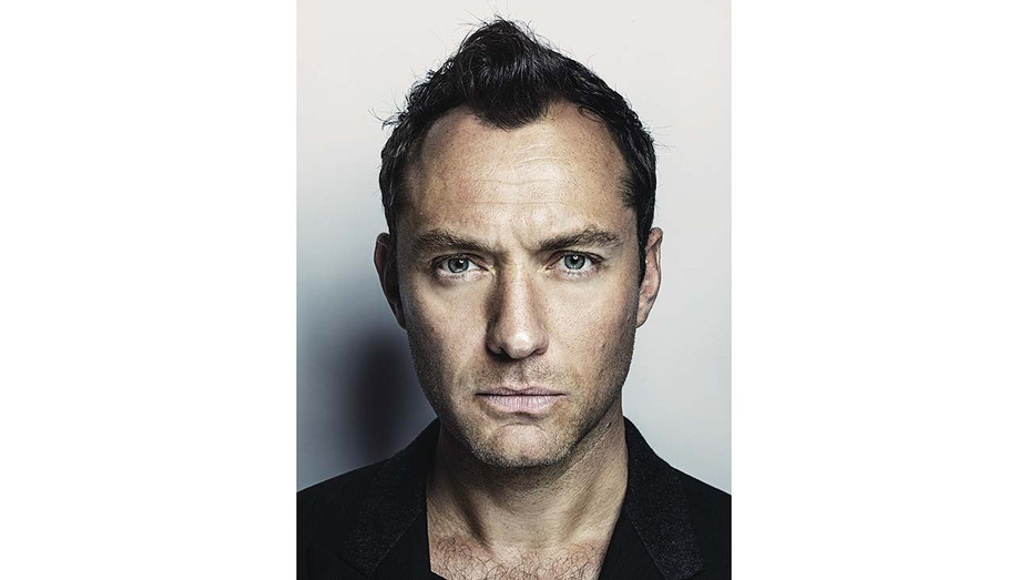 Jude Law Signs With Caa Exclusive Hollywood Reporter