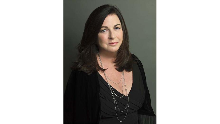 Jo Ann Ross Headshot - Publicity - H 2020