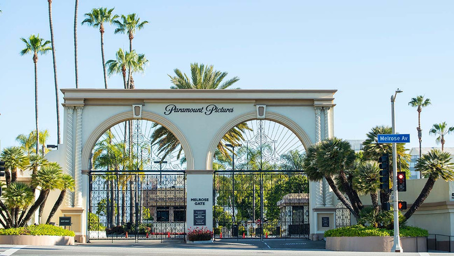 The closed Paramount Studio -April 15, 2020- Getty - H 2020