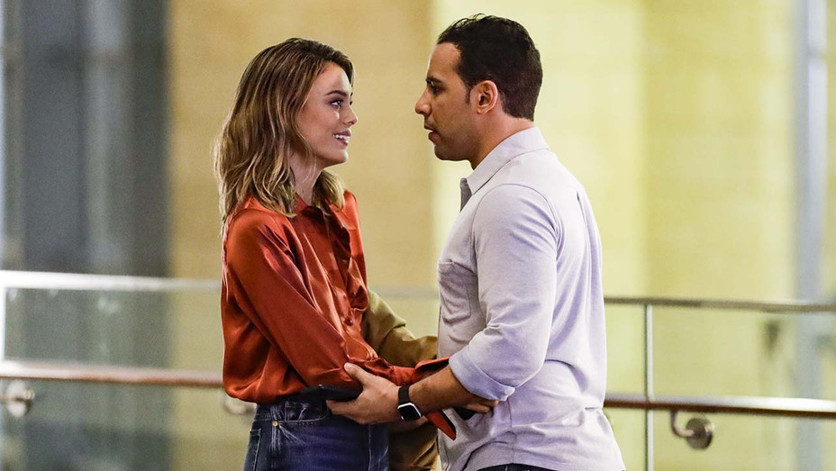Baker and the Beauty Still 1-May I Have This Dance -NATHALIE KELLEY, VICTOR RASUK- ABC Publicity-H 2020