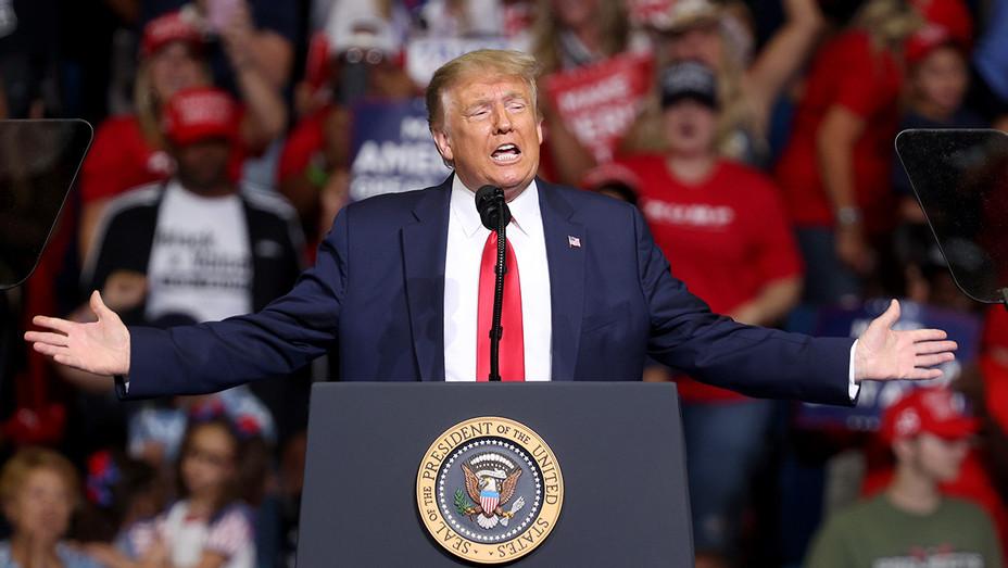 Donald Trump at Tulsa Rally - H - 2020
