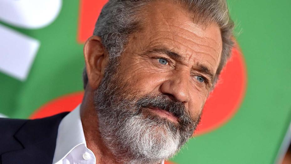 Mel Gibson - serious - Getty - H 2020