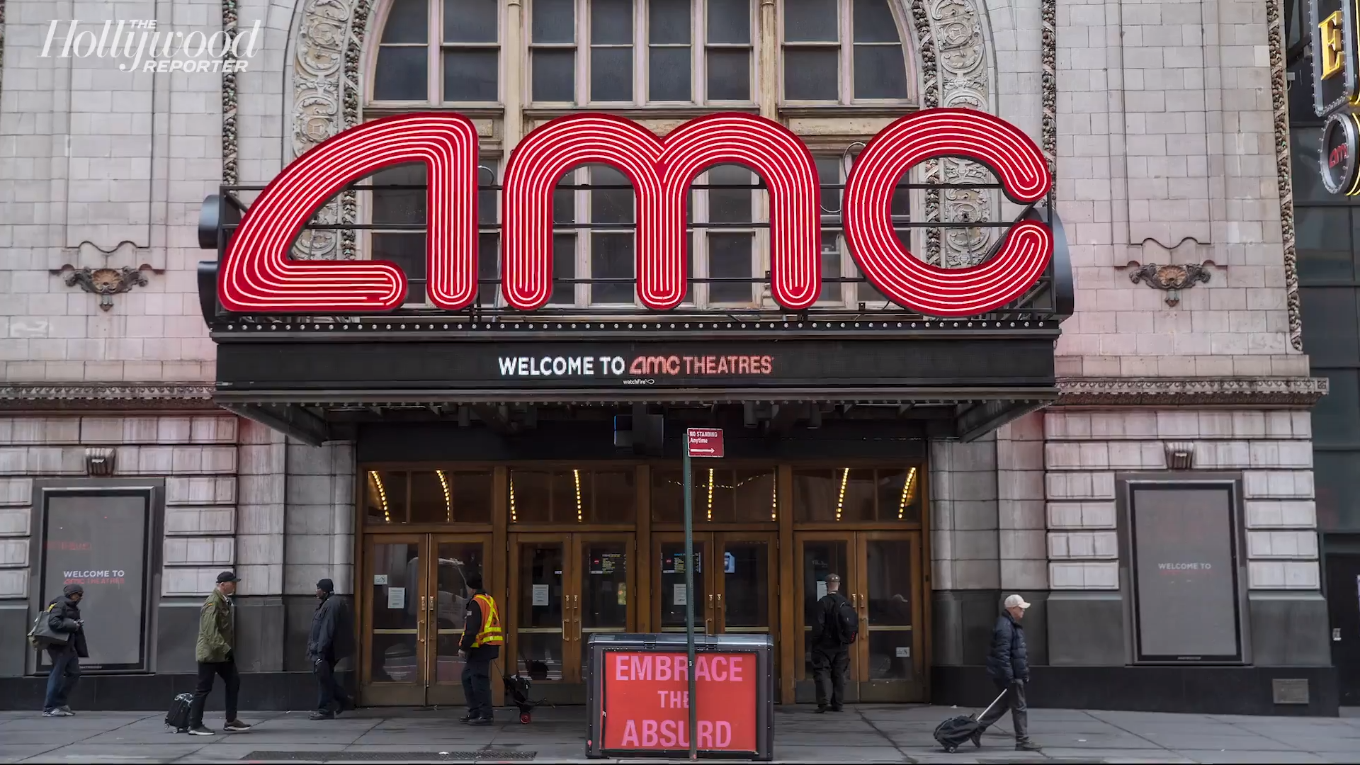 Amc Theatres Posts Revenue Collapse Amid Pandemic Hollywood Reporter