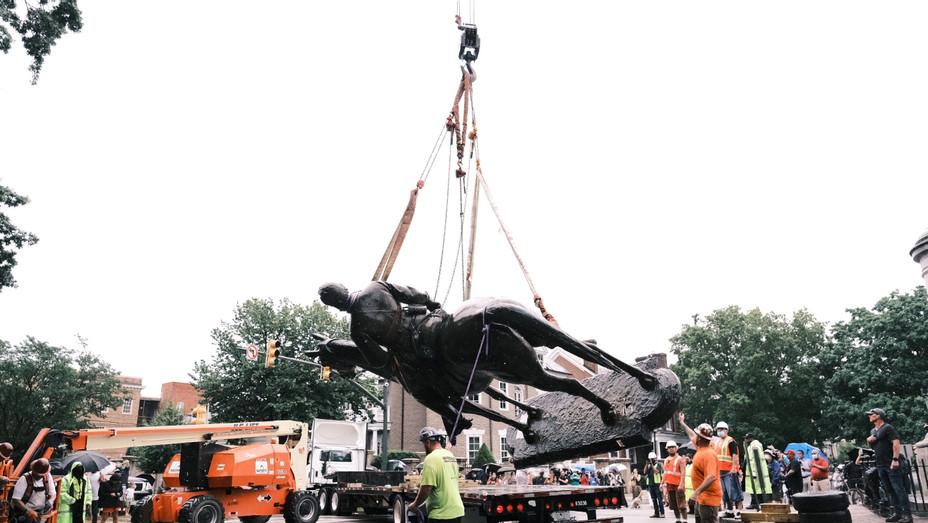 Stonewall Jackson Statue - Getty - H 2020