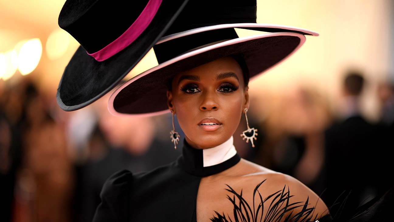 Janelle Monae Transforms Into a 3D Avatar for VR 'Lovecraft Country' Performance