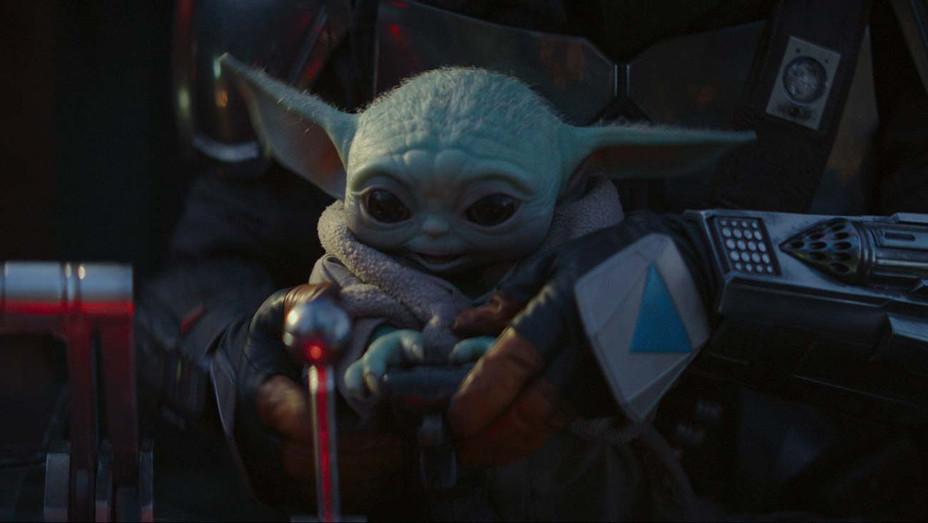 The Mandalorian Still 2 - Disney+ Publicity -H 2020