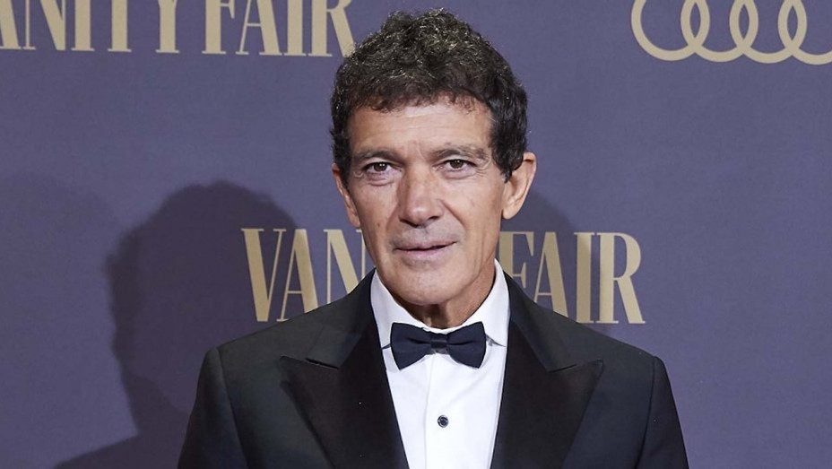 Antonio Banderas Reveals COVID-19 Diagnosis, Director Garth Davis to Direct 'Tron' Sequel & More | THR News