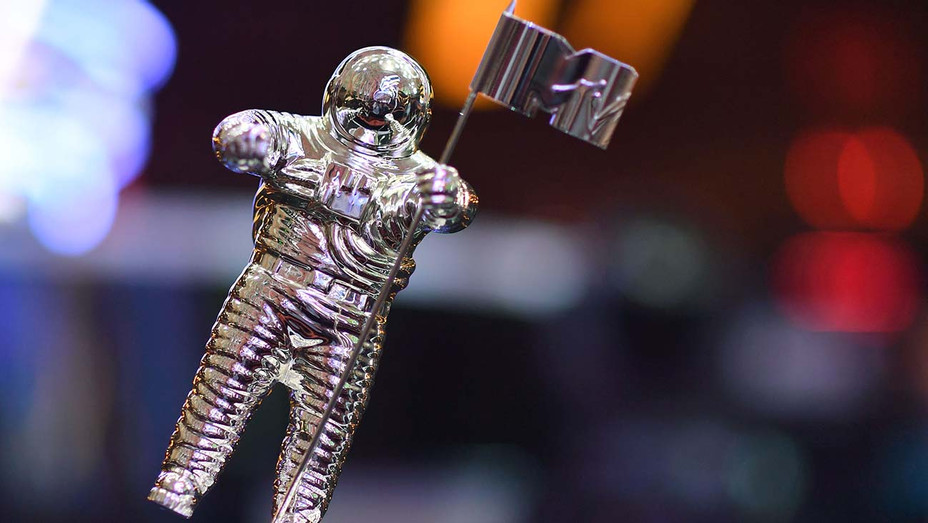 The VMA trophy known as Moon Person - Getty-H 2020