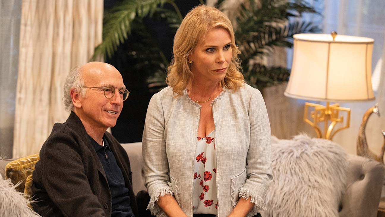 'Curb Your Enthusiasm' Boss on Larry David's MAGA Hat … and a Deleted Sean Penn Scene