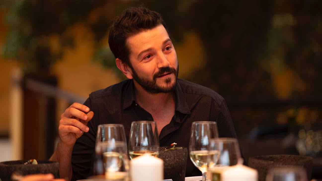 'Pan y Circo': TV Review