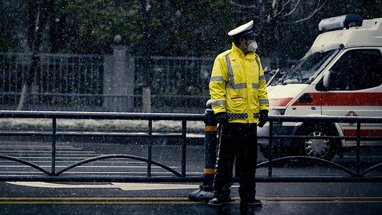 Hidden Gem: '76 Days' Examines the Human Cost of the Coronavirus Outbreak in Wuhan, China